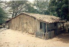 Casa de roça simples feito barro Casas de taipa