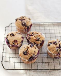 Muffins // Hearty Blueberry Muffins Recipe