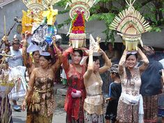Lonely Planet's Top 25 experiences in Bali and Lombok