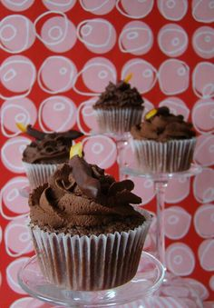 Dark Chocolate Mouse Cupcakes with Dark Mouse Frosting