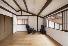 パッシブ冷暖の家 1階和室の吹き抜けに面した2階の居室 重量木骨の家 選ばれた工務店と建てる木造注文住宅