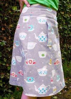 Simplicity 2152  tea party skirt by Truly Myrtle, via Flickr