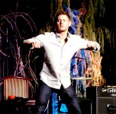 "Jensen hula-hooping in slow motion | 25 Photos Of ""Supernatural"" Star Jensen Ackles That Will Make You Thirsty AF"