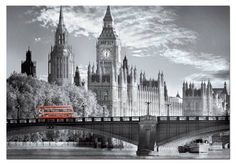 ¿No os parece maravilloso este puzzle con el emblemático parlamento en Londres? El autobús rojo destaca sobre un precioso fondo en blanco y negro... Es un puzzle de 1000 piezas de la marca Educa :)