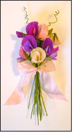 sweet peas (crepe paper)  Paper crafts and paper flowers castleintheair.biz