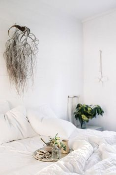 inspiring bedroom decor photographed by lean timms / sfgirlbybay