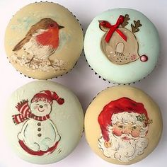 These hand painted Christmas cupcakes are almost too pretty to eat. Visit Amelieshouse.blogspot.com