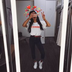 Designer Clothes, Shoes & Bags for Women Snapchat Selfies, Photo Snapchat, Instagram And Snapchat, Tumblr Photography, Photography Poses, Emoji Tumblr, Photos Tumblr, Tumblr Selfies, Instagram Pose