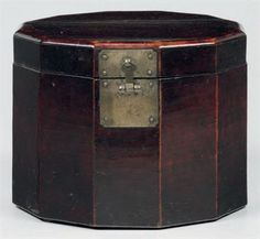 A Twelve-sided Wood Hat Box  Joseon dynasty (late 19th century)