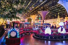 The ultimate guide to celebrating Christmas in Toronto. Here are the best Christmas events in Toronto that'll have you feeling festive this December. Christmas Events, Christmas Train, Christmas Traditions, Christmas Themes, Holidays And Events, Christmas Fun, Celebrating Christmas, Christmas Things To Do, Christmas Shows