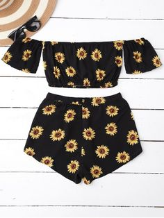 Off Shoulder Crop Top And Sunflower Shorts BLACK: Shorts | ZAFUL