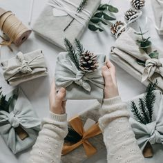 WRAPPING ACCESSORIES reusable / scandinavian minimalist christmas decoration / zero waste wrapping / la petite boite - a wanderer's path - conscious Wrapping Ideas, Creative Gift Wrapping, Wrapping Presents, Christmas Gift Wrapping, Christmas Love, Christmas Gifts, Santa Gifts, Paper Decorations, Christmas Decorations