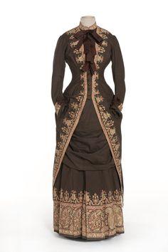 dress in 2 parts, long tunic, skirt | Decorative Arts