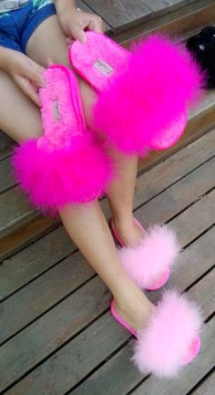 Cute Nike Shoes, Fancy Shoes, Crazy Shoes, Fluffy Sandals, Fluffy Shoes, Pom Pom Sandals, Cute Sandals, Cute Uggs, Cute Slides