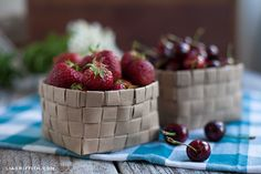 Can you believe these charming strawberry containers were made from recycled bags?!