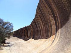 AUSTRALIE - Territoire de l'Ouest - WAVE ROCK à Eiden dans l'Est-Sud/Est de PERTH (environ 350 km) Formation géologique granitique Antelope Canyon, Perth, Rock, The South, Australia, Travel, Stone, Rock Music, The Rock