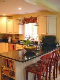 Kitchen Peninsula - like the cookbooks on the end!