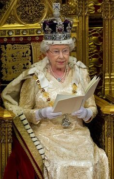Queen Elizabeth II wears the Imperial State Crown at the State Opening Of Parliament in London, England on Noveber 0924201116 Royal Crowns, Royal Jewels, Crown Jewels, Windsor, God Save The Queen, Imperial State Crown, Prinz Philip, English Royal Family, Royal Queen