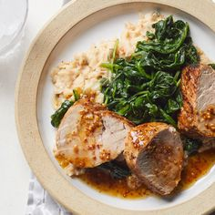 Honey-Mustard Pork with Spinach & Smashed White Beans Recipe - EatingWell Sunday Dinner Recipes, Healthy Dinner Recipes, Sunday Dinners, Vegetarian Gumbo, 500 Calorie Dinners, Clean Eating, Healthy Eating, Eating Well, Healthy Life