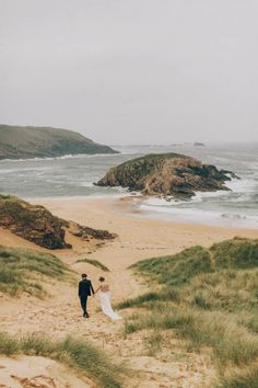 Mystic Beach Styled Shoot   Photo by Paula O'Hara