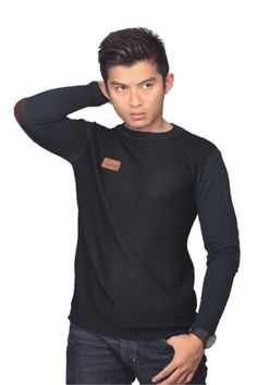 Sweater pria CZM 061 adalah sweater pria yang nyaman untuk...
