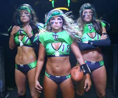Seattle Mist played in front of record arena crowd last night. Ladies Football League, Football Players, Soccer Center, X League, Seattle Mist, Legends Football, Female Athletes, Cheerleading, Mists
