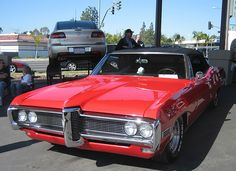 Red 66 Glossy Pontiac front grille