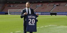 Foot - WTF - Layvin Kurzawa choisit Corneille pour son bizutage au PSG Check more at http://info.webissimo.biz/foot-wtf-layvin-kurzawa-choisit-corneille-pour-son-bizutage-au-psg/