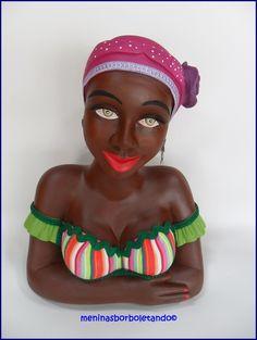 Namoradeira Yolanda, linda e charmosa, prontinha para alegrar sua casa ! R$ 75,00