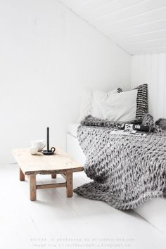 Beautiful chunky wool blanket