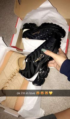 Trendy Ideas For Sneakers Nike Air Max Outfit Sports Cute Sneakers, Shoes Sneakers, Souliers Nike, Basket Style, Tenis Casual, Baskets Nike, Hype Shoes, Fresh Shoes, Sneaker Heels