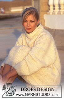 """DROPS over-sized Sweater in Fisherman's rib and with raglan in """"Lima"""" ~ DROPS Design Sweater Knitting Patterns, Free Knitting, Knitting Designs, Knit Patterns, Womens Knit Sweater, Mohair Sweater, Gros Pull Mohair, Pull Long, Make Your Own Clothes"""