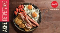 Potato pancakes with eggs and bacon by Greek chef Akis Petretzikis. Delicious potato pancakes made with boiled potatoes, yogurt, eggs and many aromatic herbs! Greek Recipes, Raw Food Recipes, Processed Sugar, Potato Pancakes, Aromatic Herbs, Good Fats, Diy Food, Cherry Tomatoes, Bacon
