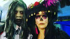 Halloween makeup by @karolibela #makeupartist #makehalloween #halloweenmakeup #caveiramexicana #catrina