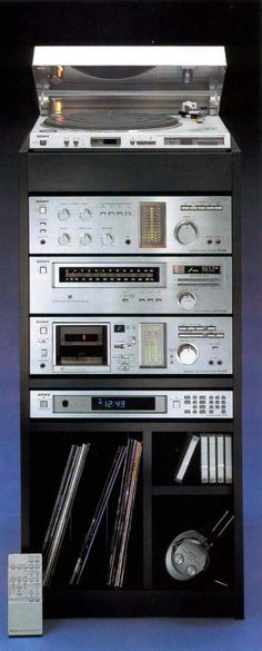 Nice mid-compact size home stereo system.