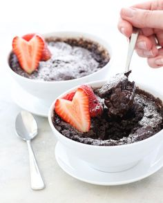 5 minute miracle self-sauced chocolate pudding cake