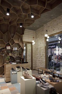 Tiendas Tamara Brazdys,Cortesia de Plasma Diseño