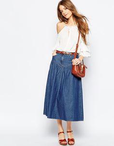 ASOS - Jupe mi-longue en jean taille haute avec volants - Bleu moyen délavé