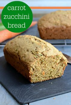 This healthy carrot zucchini bread recipe is such a delicious snack full of veggies and flavor. Bananas give it extra sweetness. So delicious! Carrot Zucchini Bread, Zucchini Bread Recipes, Real Food Recipes, Baking Recipes, Snack Recipes, Healthy Recipes, Skinny Recipes, Clean Recipes, Healthy Cooking