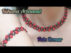 collar de chaquira /Mostacilla flores pequeñas - YouTube Beaded Bracelets Tutorial, Beaded Bracelet Patterns, Crochet Necklace, Beaded Necklace, Beaded Collar, Beading Tutorials, Collars, Shakira, Beads