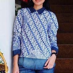 Anggrek nif  LD>M:92cm L:98cm XL:106cm  XXL:112cm P.Baju:65cm P.Tgn:58cm  Material:BatikKatun . . CP  LINE @bebatikanjogja (pakai '@')  WA 081904019099 (slow response)  Toko Baju Batik Modern | www.bebatikanjogja.com