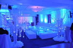 Winter Wonderland Wedding Decorations With All-White Look Lounge Party, Wedding Lounge, Wedding Reception, Wedding Halls, Wedding Props, Wedding Lighting, Wedding Ideas, Wedding Dj, Wedding Trends