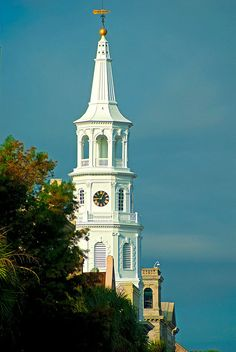 Charleston South Carolina USA - AKA the Holy City #churches #travel #cityguide