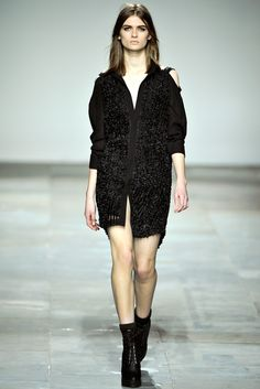 Topshop Unique   Fall 2012 Ready-to-Wear Collection   Style.com