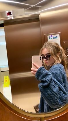 """2019 Sabrina Carpenter working on a new """"project"""", in Toronto, Ontario, Can… – My CMS Casual Outfits, Cute Outfits, Fashion Outfits, Sabrina Carpenter Outfits, Carpenter Work, Girl Meets World, Famous Girls, Girl Crushes, Celebs"""
