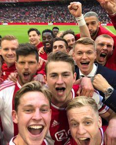 Football Soccer, Football Players, Afc Ajax, Fa Cup, Best Player, Man Crush, Cute Guys, World Cup, Super Bowl