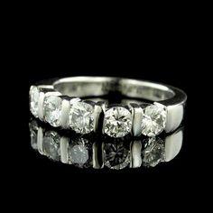 We love this platinum diamond five stone band, do you?
