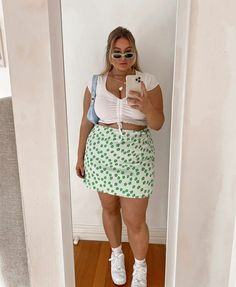 Thick Girls Outfits, Curvy Girl Outfits, Cute Casual Outfits, Plus Size Outfits, Edgy Outfits, Fat Girl Fashion, Curvy Fashion, Look Fashion, Plus Size Fashion