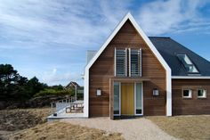 Holiday Home by Van Egmond Total Architecture & FG Projects. - MyHouseIdea