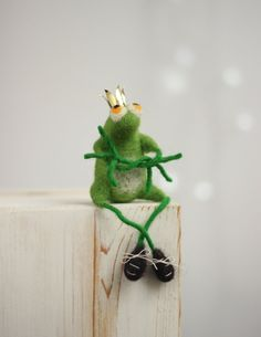 Needle Felt Frog With A  Crown  The Frog by FeltArtByMariana